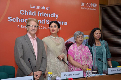 Kareena Kapoor, support extension of RTE to secondary education
